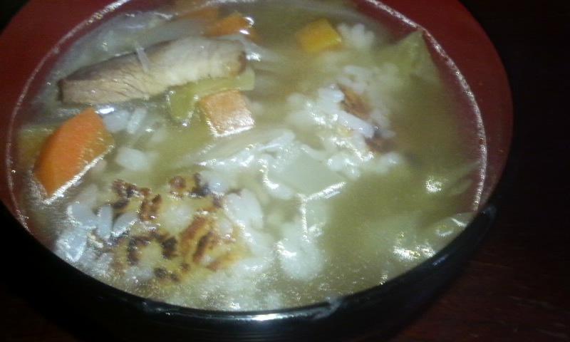 おこげが懐かしい!ベーコンと野菜のスープ