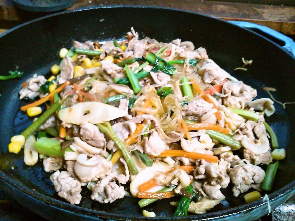 ピリ辛♪豚肉と山菜の、中華風春雨炒め