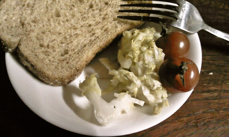 ドイツの伝統保存食みたい♪サワークラウト風春キャベツの酢漬け♪